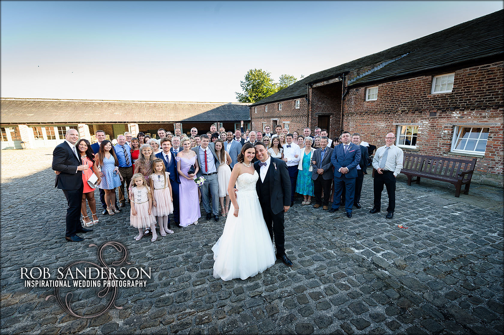 Rob Sanderson wedding photography's big broup picture