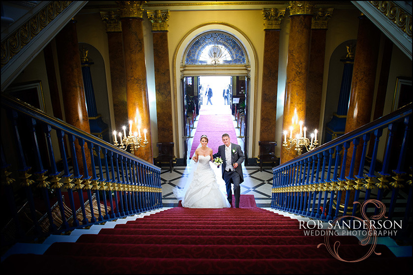 wedding photography inside Liverpool Town Hall