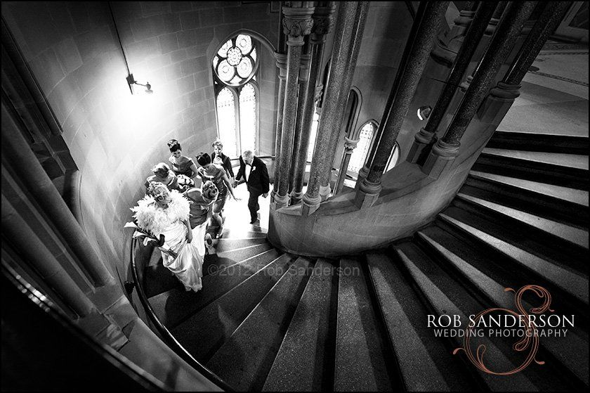 Stunning entrance for bride at Manchester Town Hall