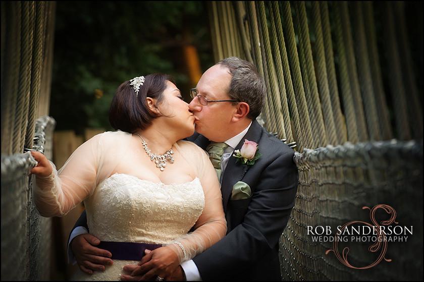 wedding photography Alnwick gardens