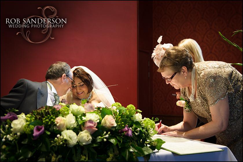 wedding photography Alnwick castle