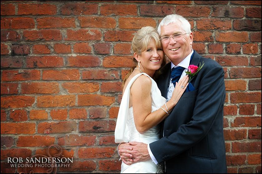 cool wedding photos at Warrington Town Hall
