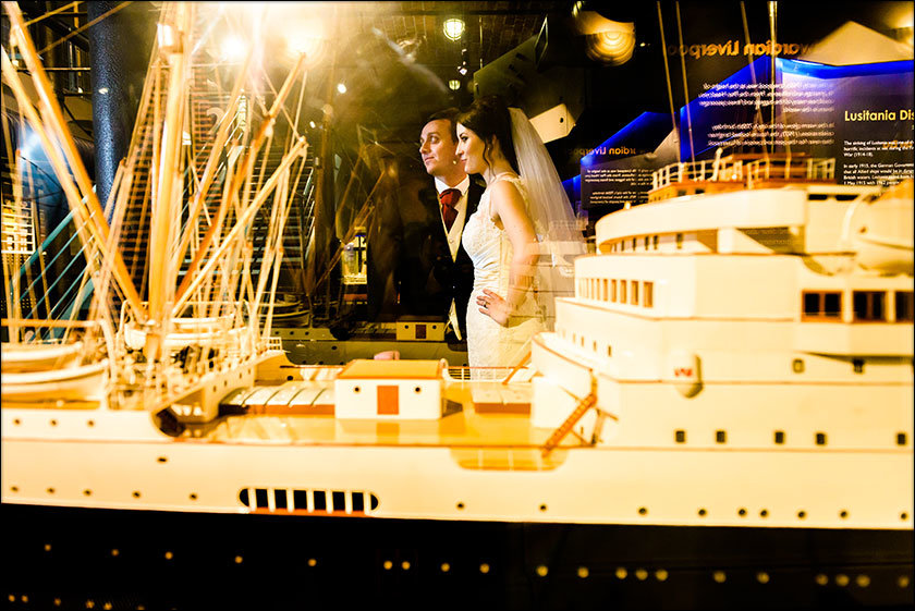 wedding photography at Liverpool Maritime Museum