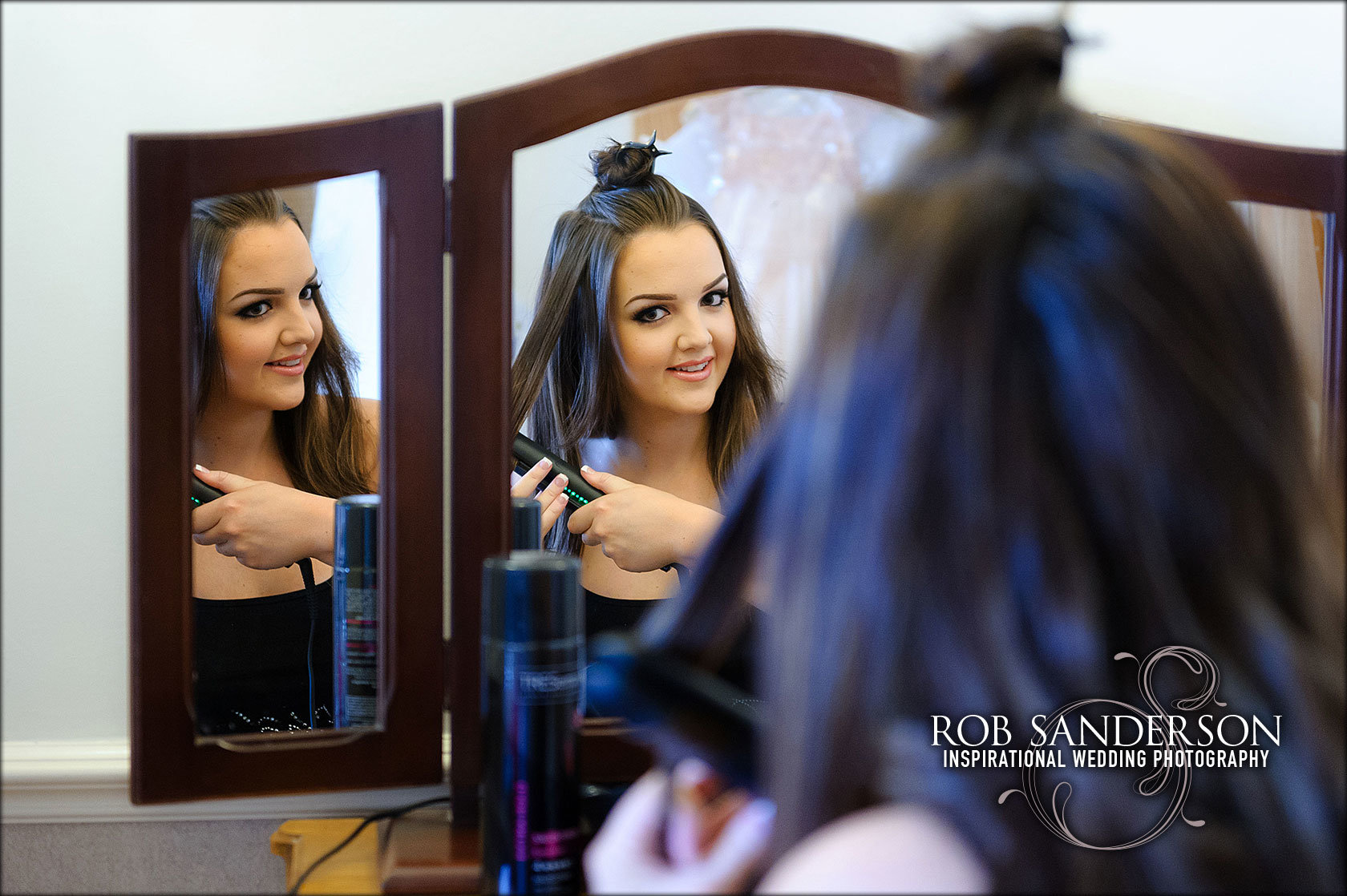bride puts her makeup on at cottons in Knutsford