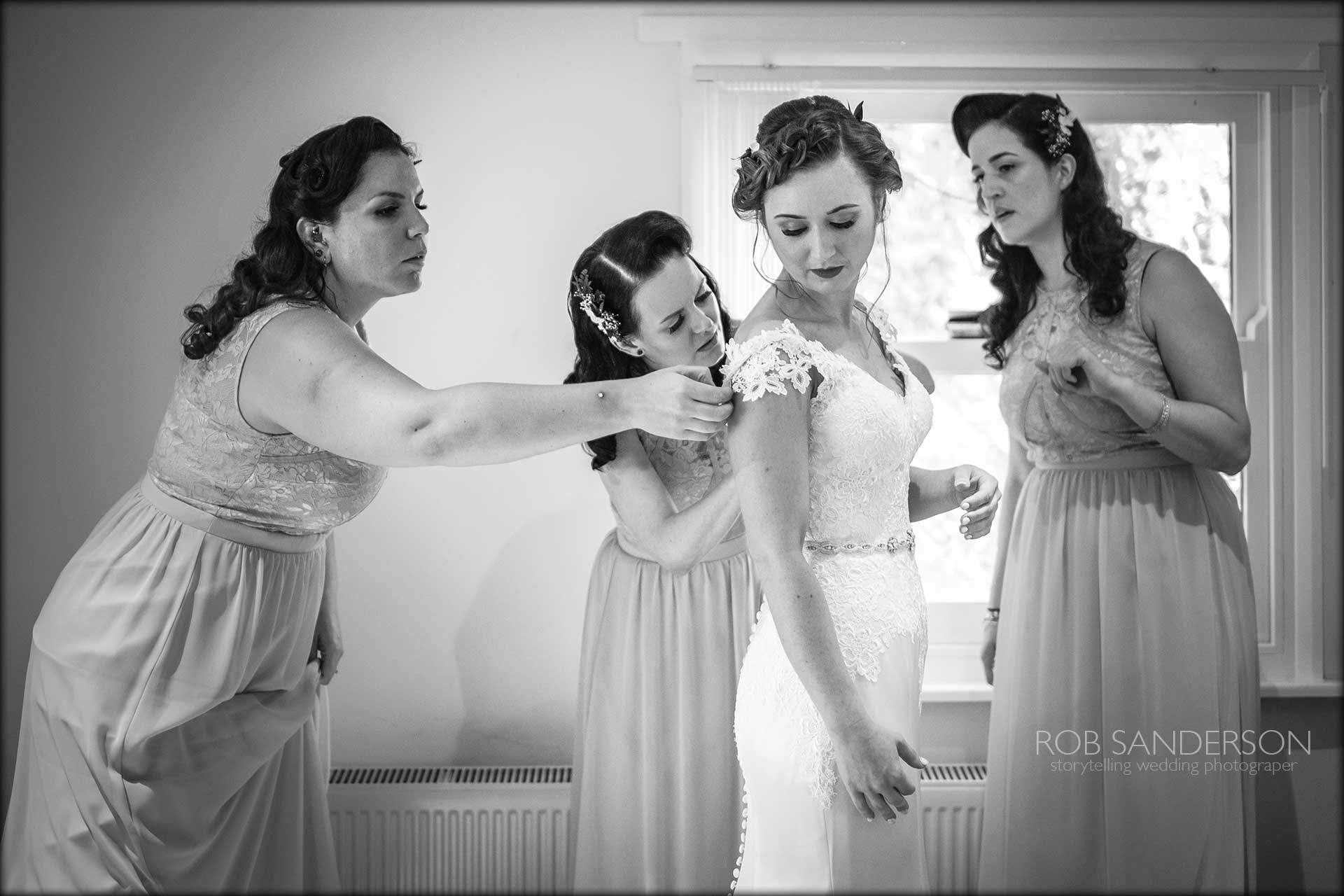 bride gets ready with her friends