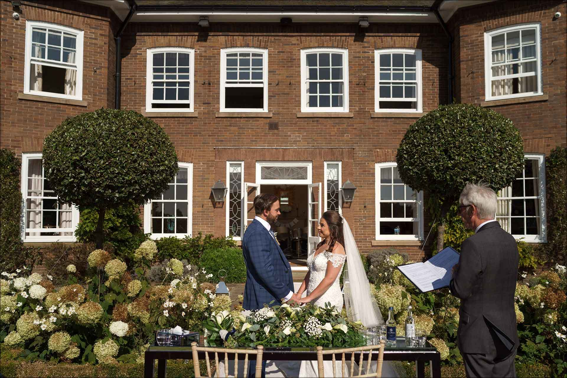outdoor ceremony at Delamere Manor